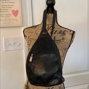 Tignanello Cross body purse, cool piece!